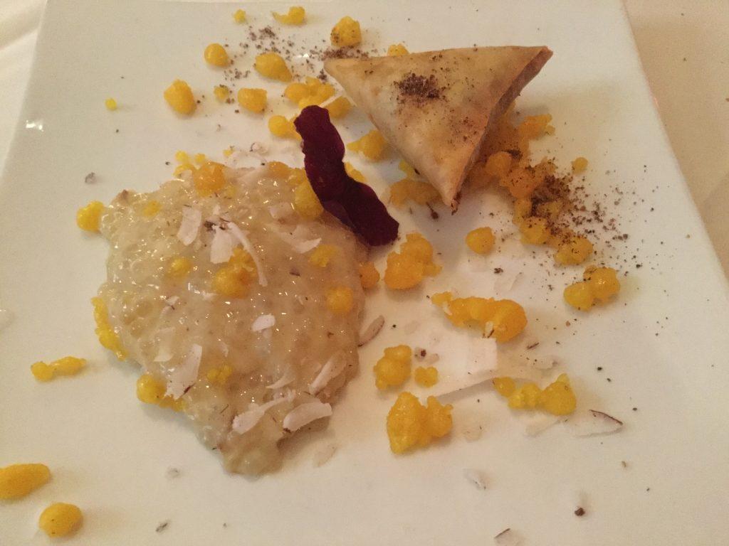 Anaanaas Sabudana dessert